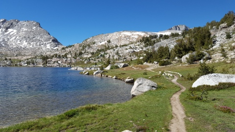 Marie Lakes 10,551' Approaching Selden Pass