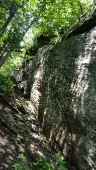 Cliffs of Laraway Mountain